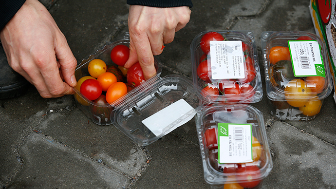 ​Adieu to food waste: French govt forces supermarkets to donate to charity