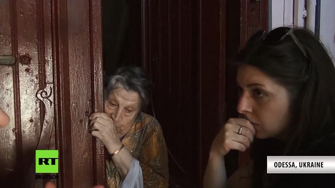 Kiev bars Ukrainian-born RT journalist at border, bans her entry for 3 yrs