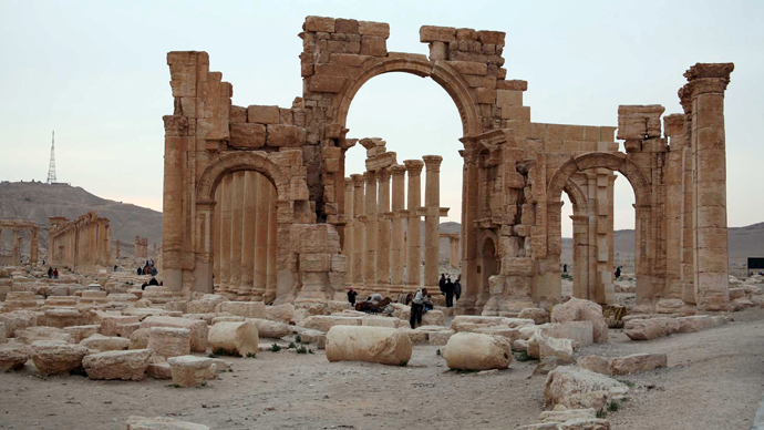 ISIS kills 400, mostly women & children, in Palmyra – Syrian state TV