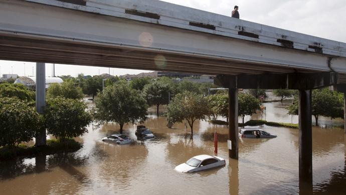 Death toll in Texas, Oklahoma flooding rises, region battered
