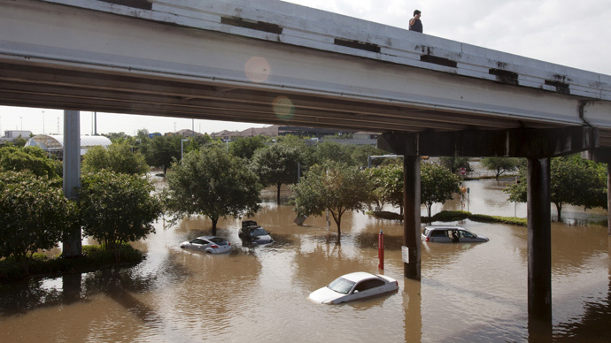 Death toll in Texas, Oklahoma flooding rises, region battered