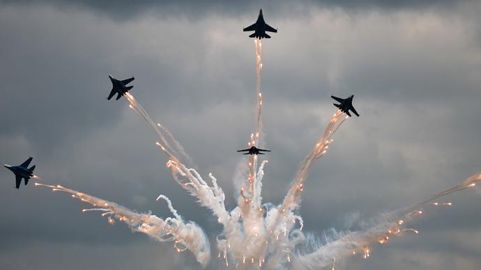 Bombs & rockets rain down, Russian pilots compete in aerial marksmanship (PHOTOS, VIDEOS)