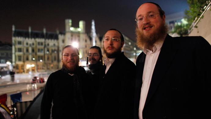 Wrong turn: Orthodox Jewish sect's ban on women drivers slammed by education secretary