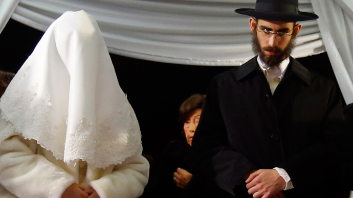 Kinky & kosher: Rabbi sells sex toys to Orthodox Jewish couples