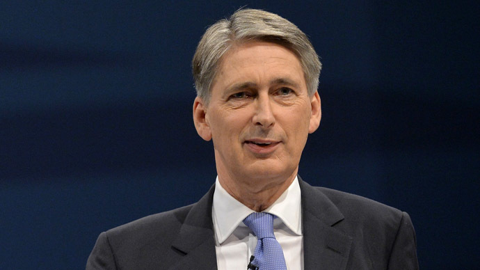 ​Public 'weary' of war – Hammond on eve of anti-ISIS coalition conference