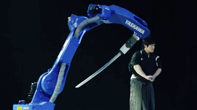 Super Samurai: Robot beats Japanese master swordsman (VIDEO)