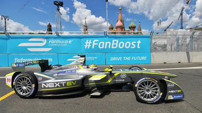 Going green: Formula E drivers power around Kremlin at 250km/h (VIDEO, PHOTOS)