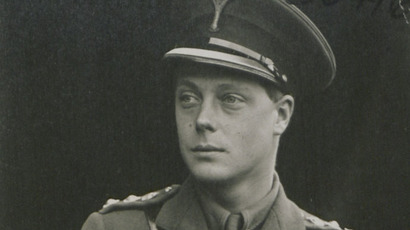 ​Nazi king? Fascist sympathizer Edward VIII wanted Britain bombed, historian claims