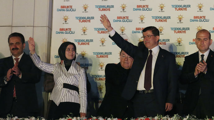 Turkish govt resigns, Erdogan seeks to form 1st coalition after 12 yrs majority rule