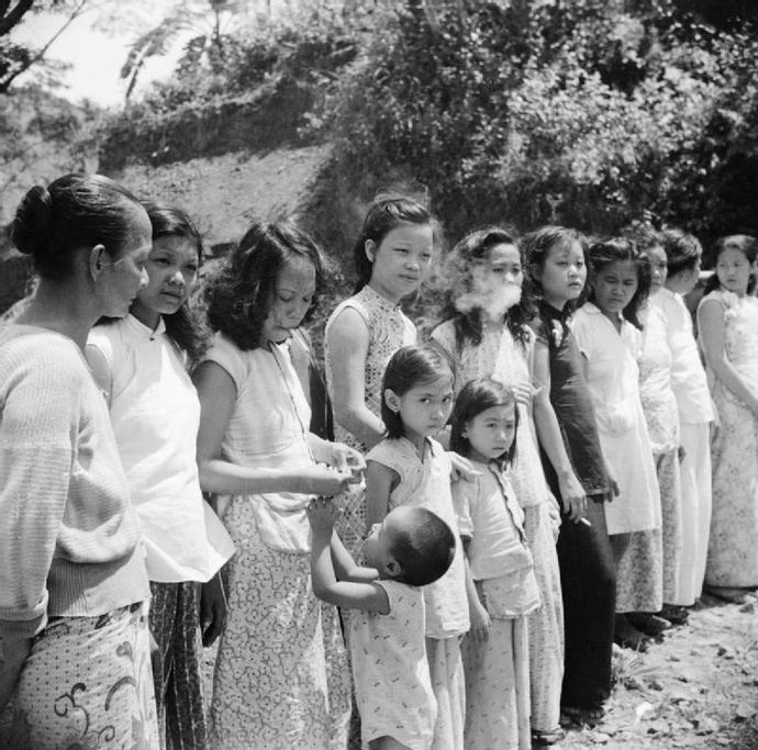 Chinese and Malayan girls forcibly taken from Penang by the Japanese to work as 'comfort girls' for the troops (image from wikipedia.org)