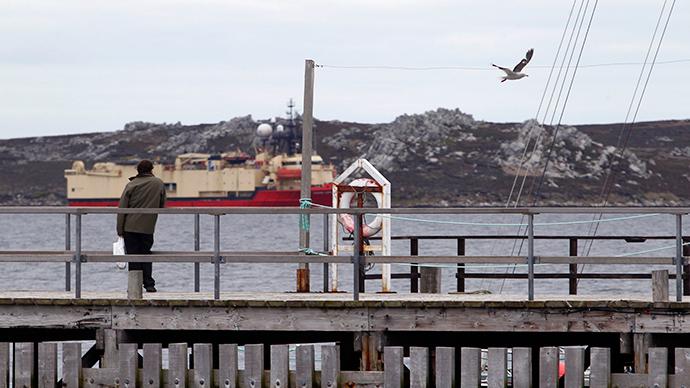 Argentine minister challenges Cameron over Falklands/Malvinas
