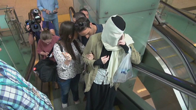 Russian 'ISIS recruit' girl returns to Moscow, to be questioned by police