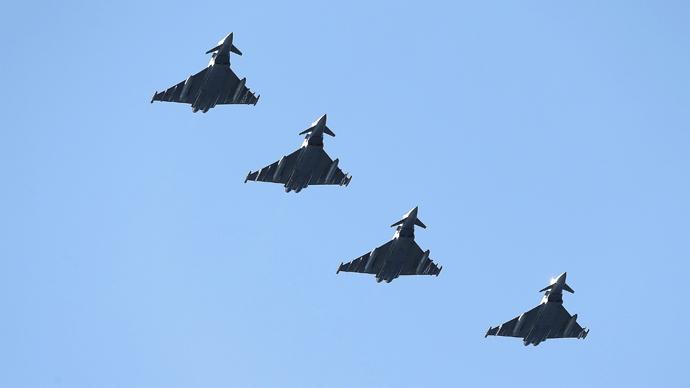 £3.2bn fighter pilot training scheme 6 years behind schedule – watchdog