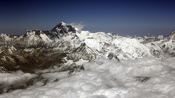 Everest moving: World's highest mountain 'moves by an inch' due to Nepal earthquake