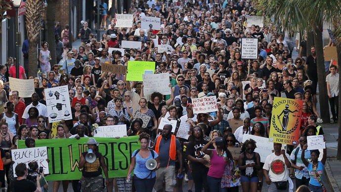 Hundreds protest, hold vigil in Charleston after racist church massacre
