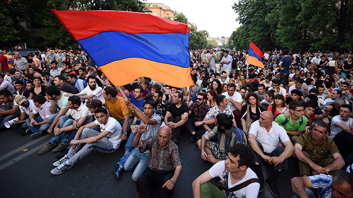 Thousands protest electricity bills in Armenia's capital