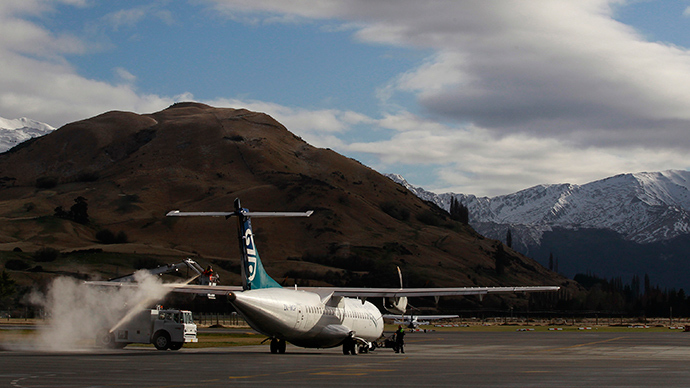 Radar glitch grounds all New Zealand flights for nearly 2 hours