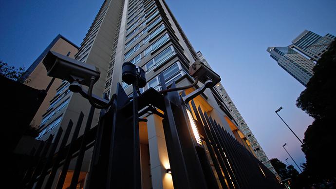 24 Veterans Affairs police officers sue management over covert surveillance