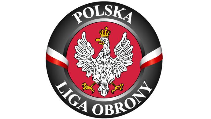 'Everyone should know where terrorists live:' Polish radicals to create Muslim database