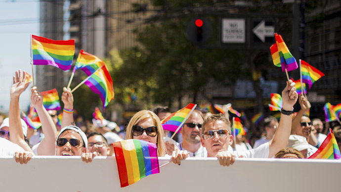 US Supreme Court rules in favor of same-sex marriage nationwide