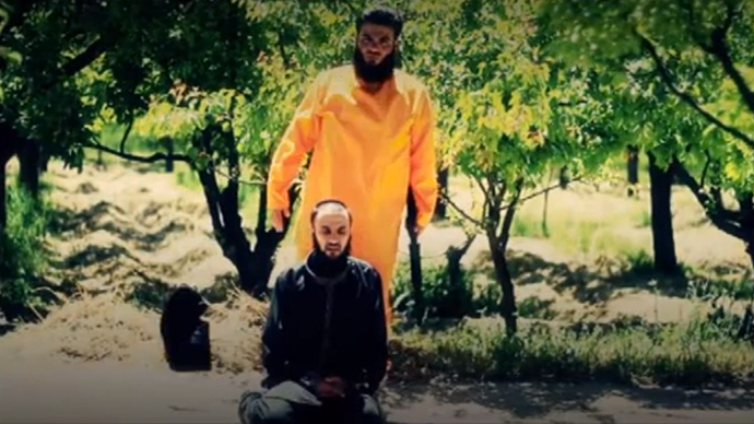 Taste of their own medicine: Syrian rebels execute ISIS terrorists, mimicking jihadists' tactics
