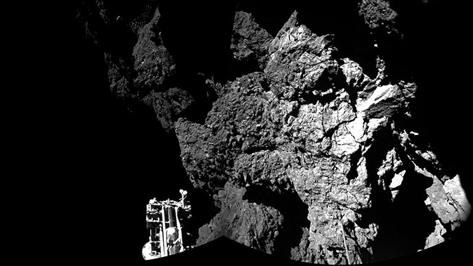 Home to extraterrestrials? Philae probe could be sitting on comet filled wi...