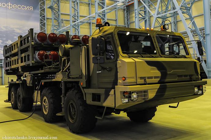 S-350 Vityaz launcher (Image from Igor Korotchenko's Military Diary http://i-korotchenko.livejournal.com)