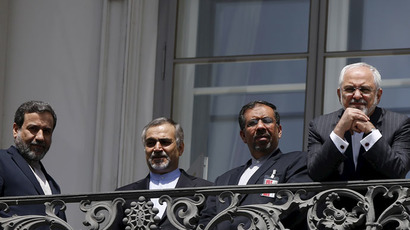 Iran, world powers edge towards nuclear deal, but major issues remain