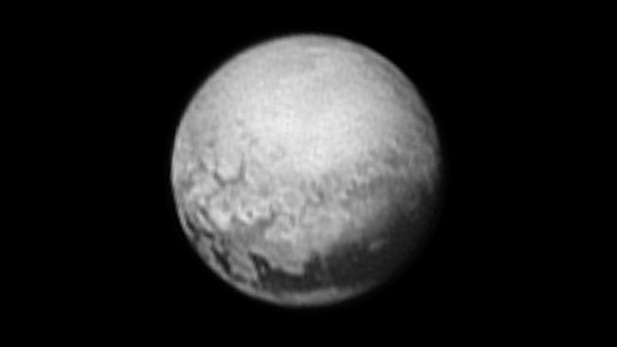 Pluto geology detailed in new NASA images