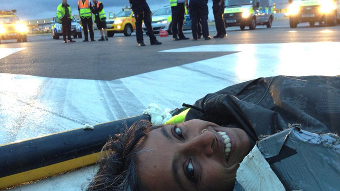 ​Climate change activists occupy Heathrow Airport runway, 6 arrests