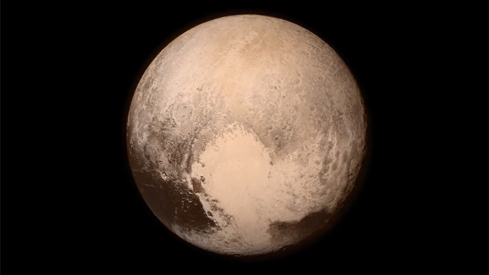 Heart, snow, Cthulhu?! How social media reacted to Pluto flyby (PHOTOS)