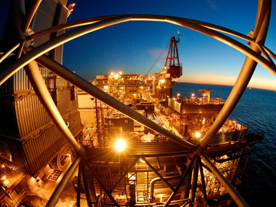 Rosneft hooks up with ExxonMobil on Arctic and Black Sea development