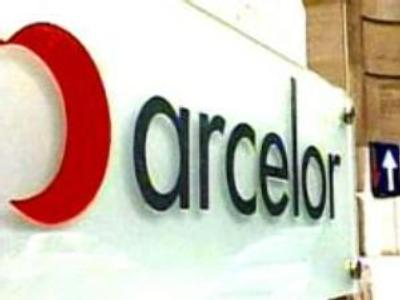 Arcelor agrees takeover by Mittal to create steel giant