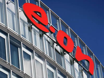 E.ON ups 2012 outlook after price deal with Gazprom