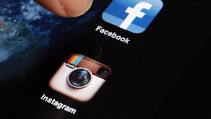 Say cheese! Facebook seeks to profit on Instagram