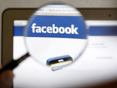 Unlike: Facebook loses users to other social networks