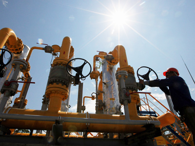 Gazprom pays Ukraine $2 billion to store gas for winter
