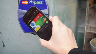 China pushes mobile payments system, seeks to overtake cash and plastic