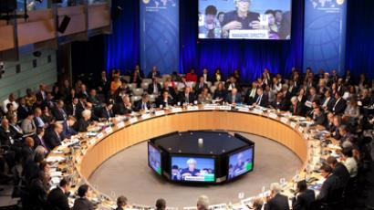 Russia back to 'golden' age in October, while Europe struggles