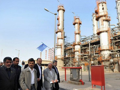 Iran looks to Asian customers to fill oil gap