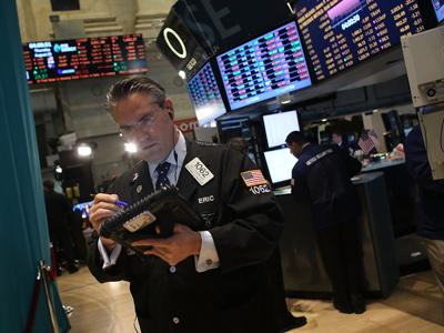 Market Buzz: All eyes on the Fed's address