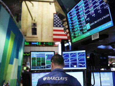 Market Buzz: Investors bearish on news from Asia