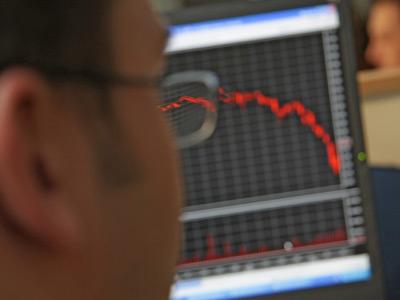 Market Buzz: Eyes peeled on US jobs
