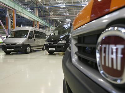 Automakers race to Russia