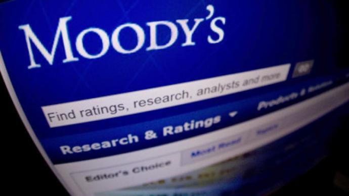 Moody's cuts ratings of 28 Spanish banks