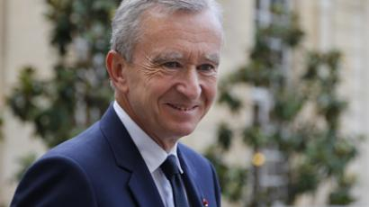 France pushes Euro treaty despite friction