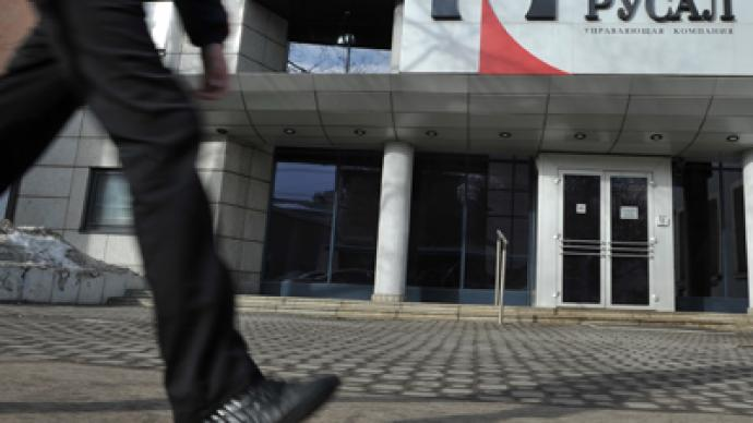 Russian tycoons to clash in London court