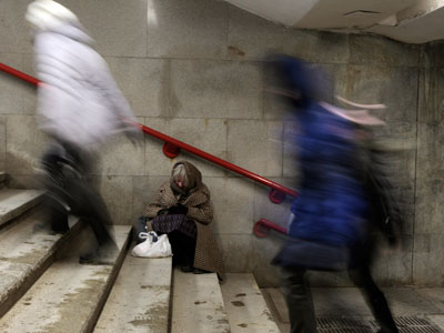 Official statistics claims lower poverty in Russia