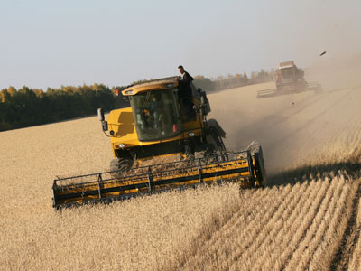 Russian combine harvester makers get safeguard duty protection
