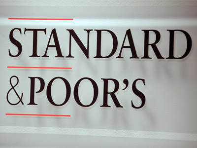 S&P puts UK's high investment rating on negative watch